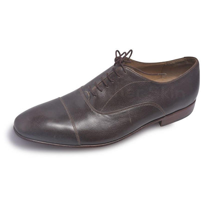 Men Leather Shoes in Brown Color