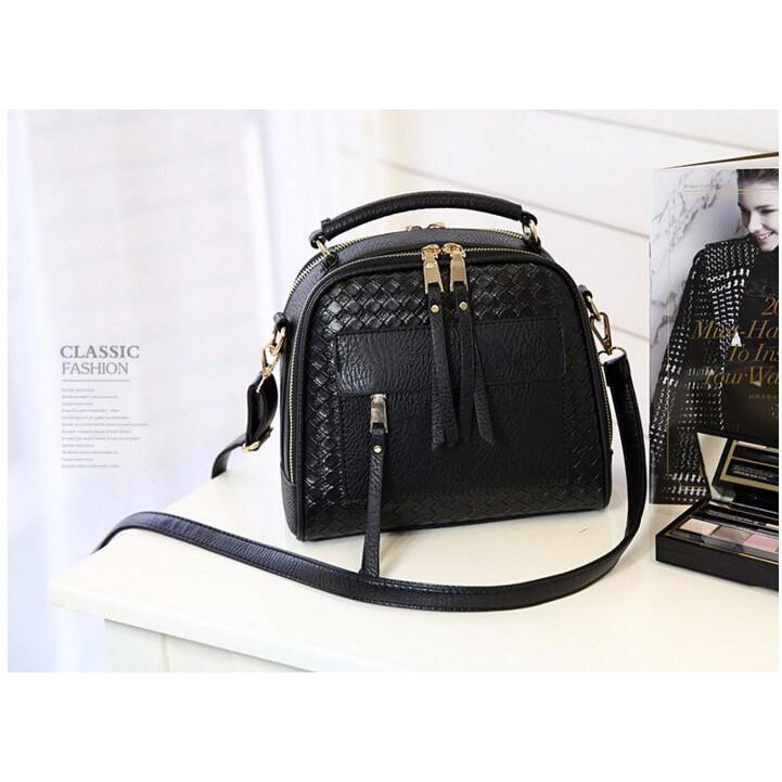 Women Black Diamond Quilted Leather Tote Messenger Handbag Photography