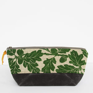 Triangle Pouch - Garry Oak in Leaf