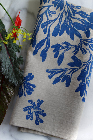 Seaweed Fucus Kitchen Towel in Larkspur on Natural Linen