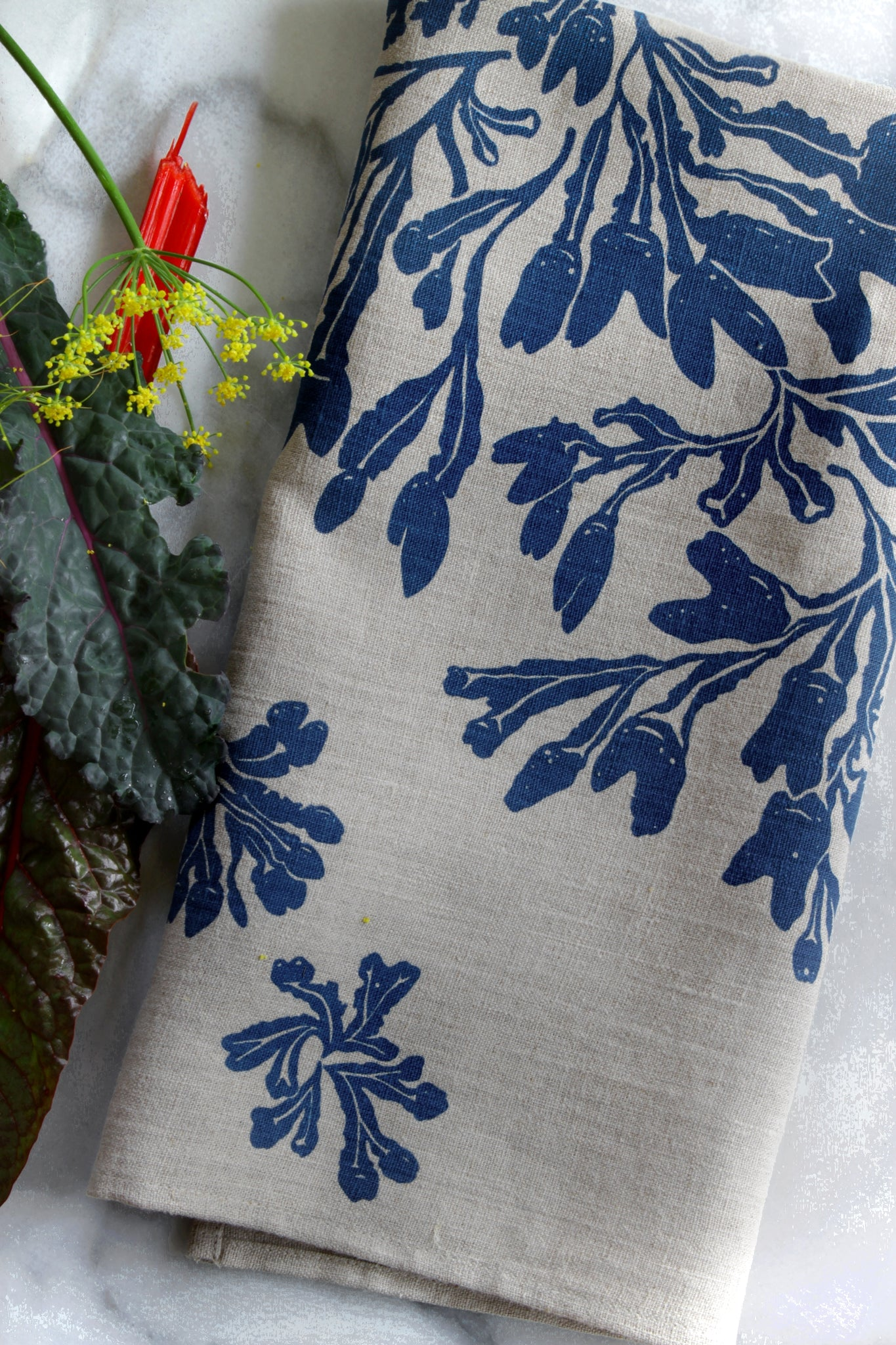 Seaweed Fucus Kitchen Towel in Indigo on Natural Linen