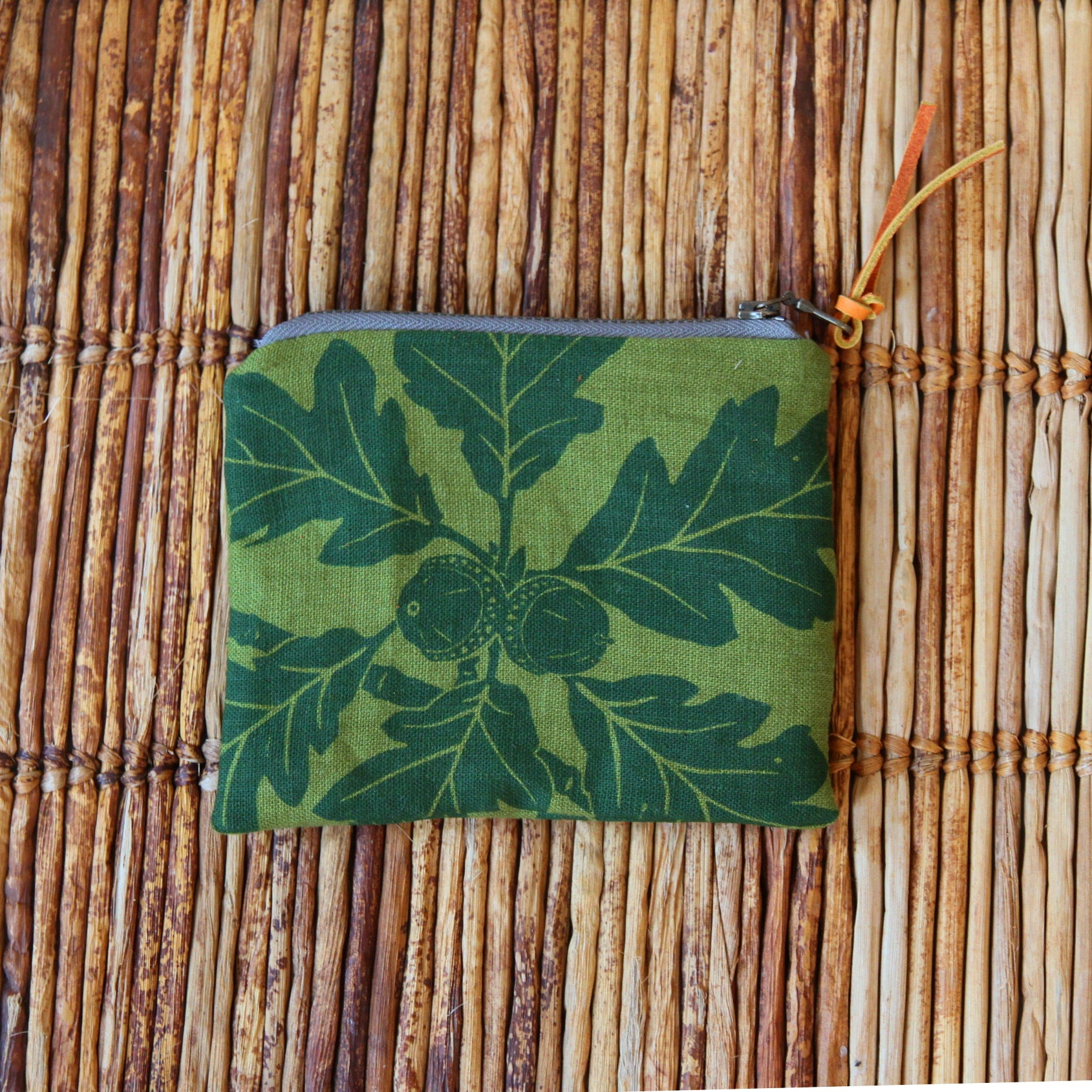 "5"" Pouch - Green Garry Oak on Green"