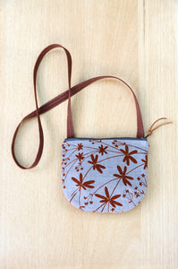 Small Bedstraw Purse in Nut Brown