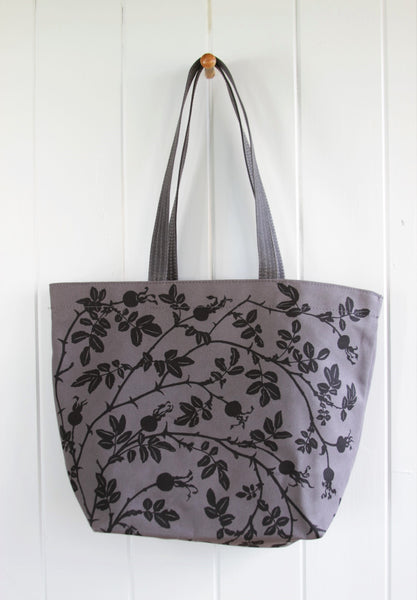 Sturdy Tote - Nootka in Charcoal on Grey