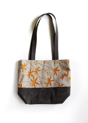 Day Bag - Bedstraw in Wheat on Grey