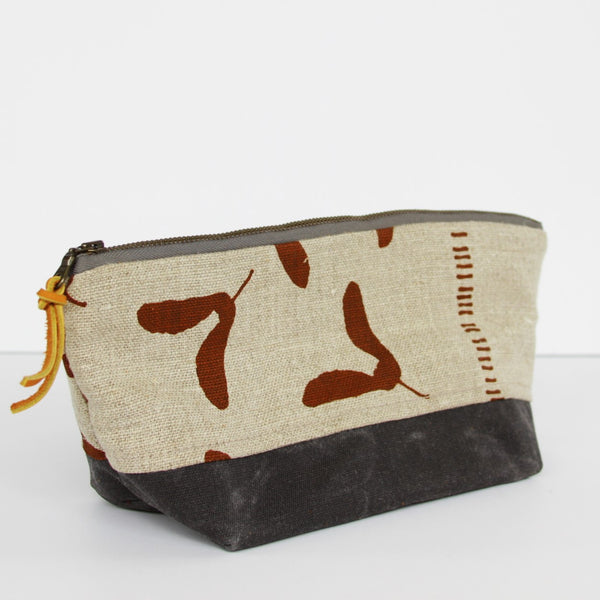 Triangle Pouch - Samara in Nut