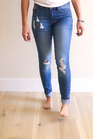 Carter Mid Rise Super Skinny Jean