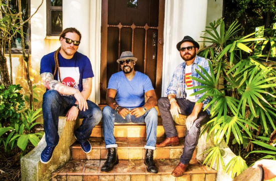 TOMAS DIAZ & THE SOUND BOUTIQUE SE PRESENTAN EL 26 DE AGOSTO EN REGGAE SUNDAY'S DE WYNWOOD YARD