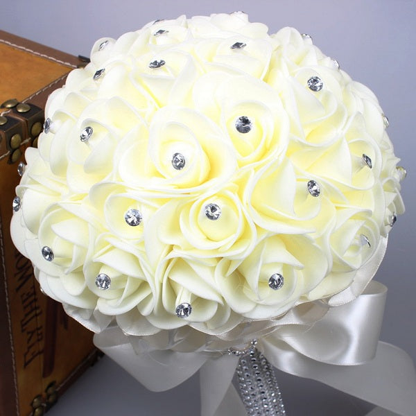 Artificial rose flowers for the wedding decoration