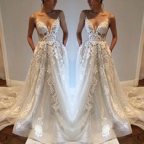 Sexy A-Line appliques V-neck spaghetti-straps tulle wedding dresses W24
