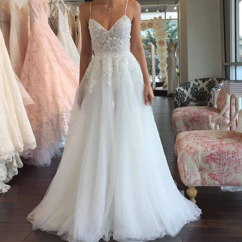 Tulle spaghetti-strap sleeveless romantic A-line lace wedding dresses W22