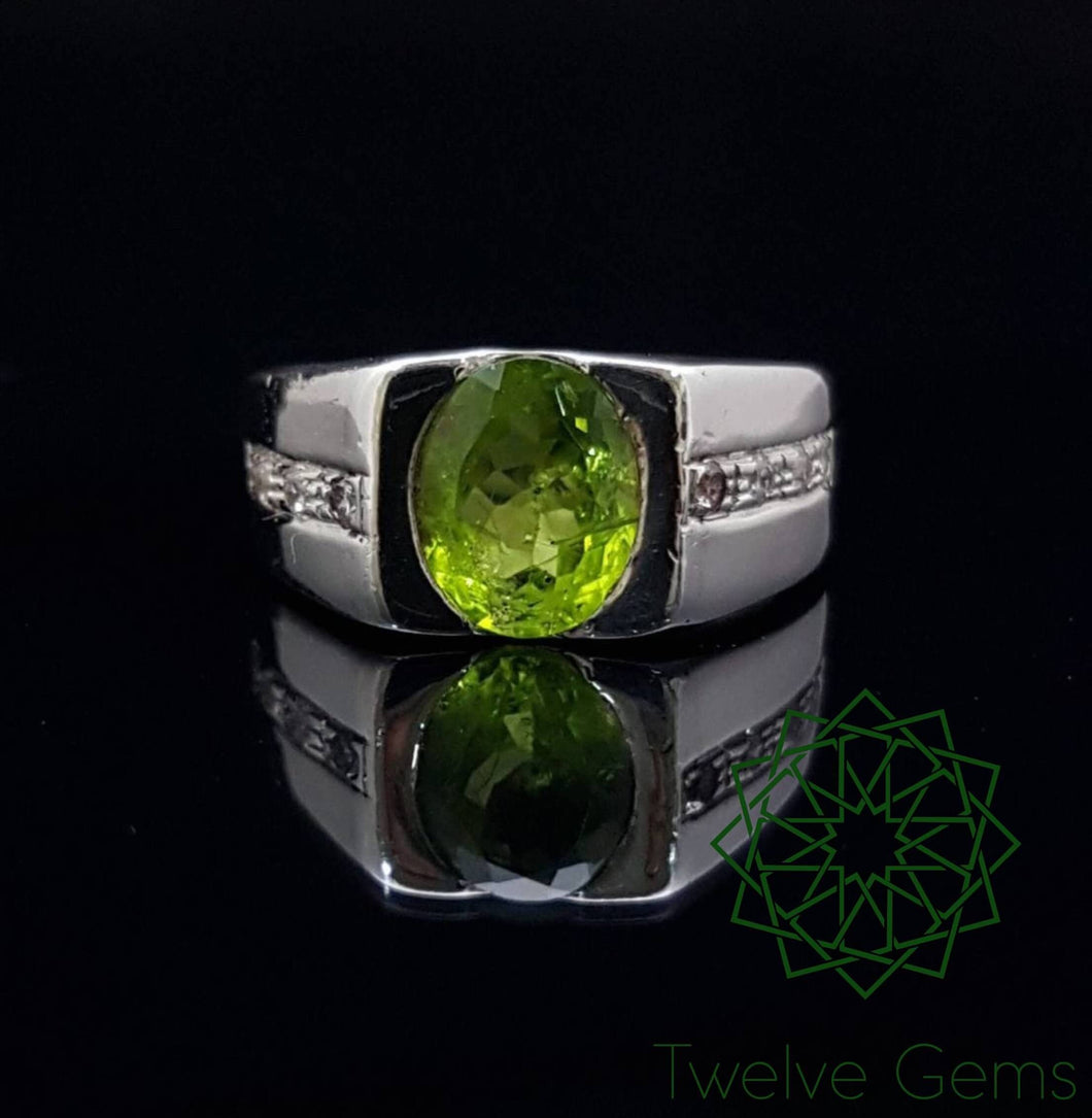 Peridot Gem Silver Ring