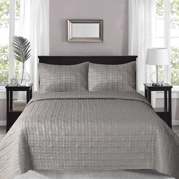 Prism Checks Quilted Coverlet with 2 Pillow Cases 240x260 cm Grey