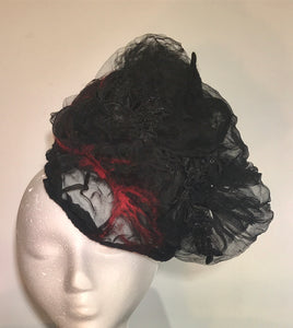 Red Vein Fascinator