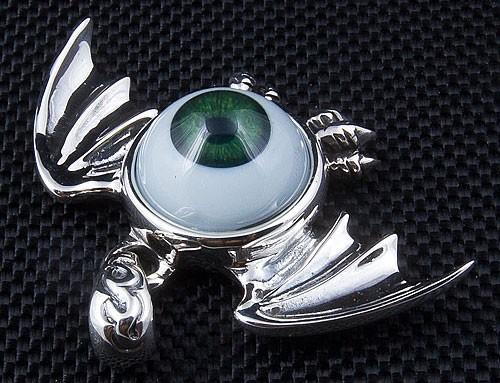 Green Eyeball Gothic Wings Pendant-silverringsmens