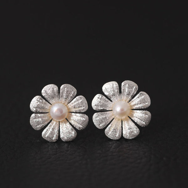 925 Sterling Silver Pearl eight petals earrings
