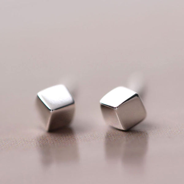 925 Sterling Silver Three-dimensional square earrings