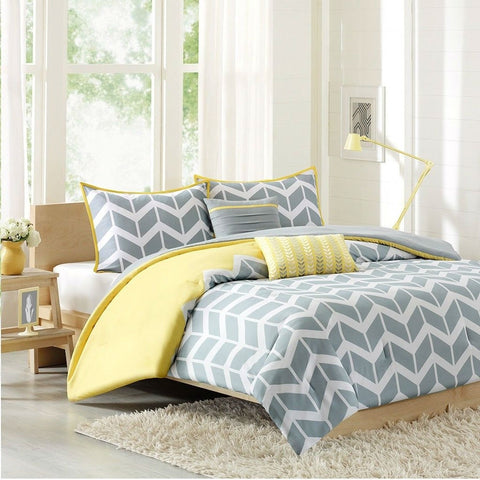 Full/Queen 5-Piece Chevron Stripes Comforter Set in Gray White Yellow