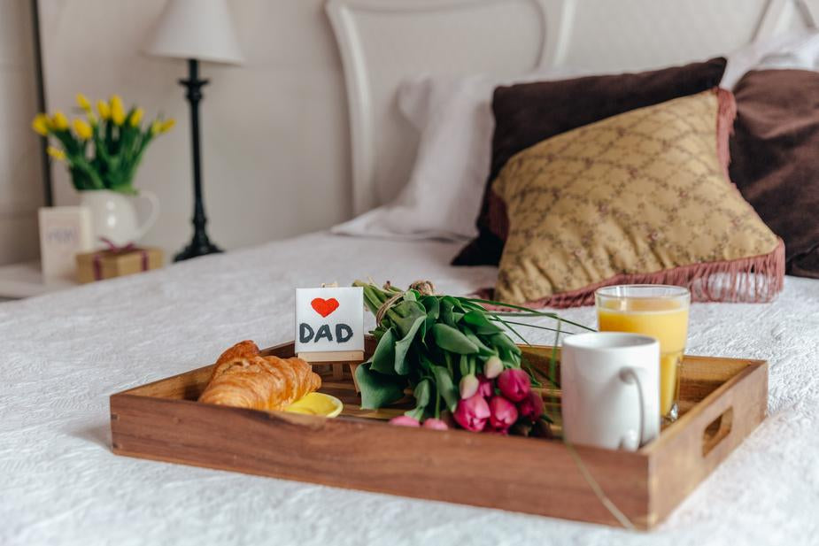 Ontbijt op bed - Vaderdag tips - Just Like Mommy'z