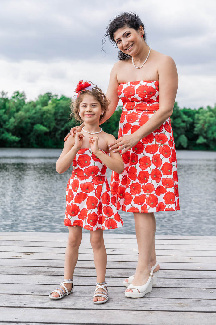 Moeder dochter jurken - matching kleding - twinning jurken - zomer feestjurken - mother daughter dresses by Just Like Mommy'z - red poppy - strapless twinning set