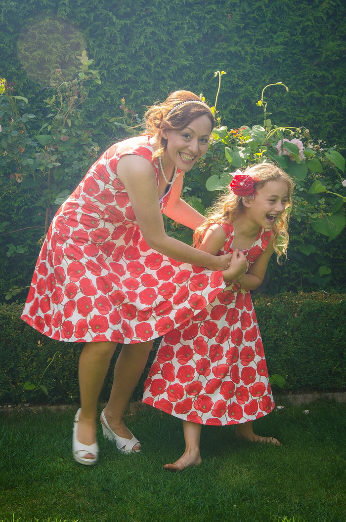 Twinning jurken moeder dochter kleding- rode poppy - matching dresses by Just Like Mommy 'z