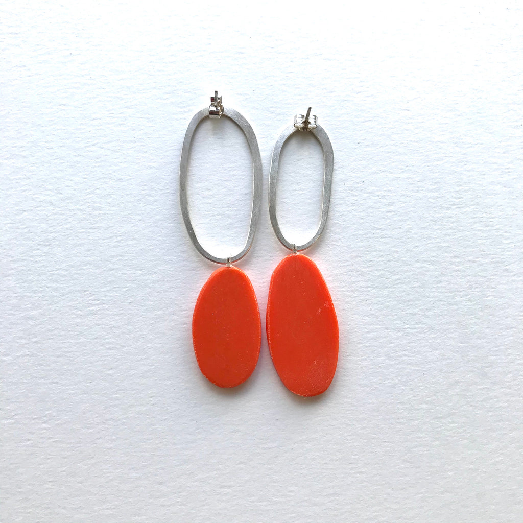 Big and odd earrings (orange)