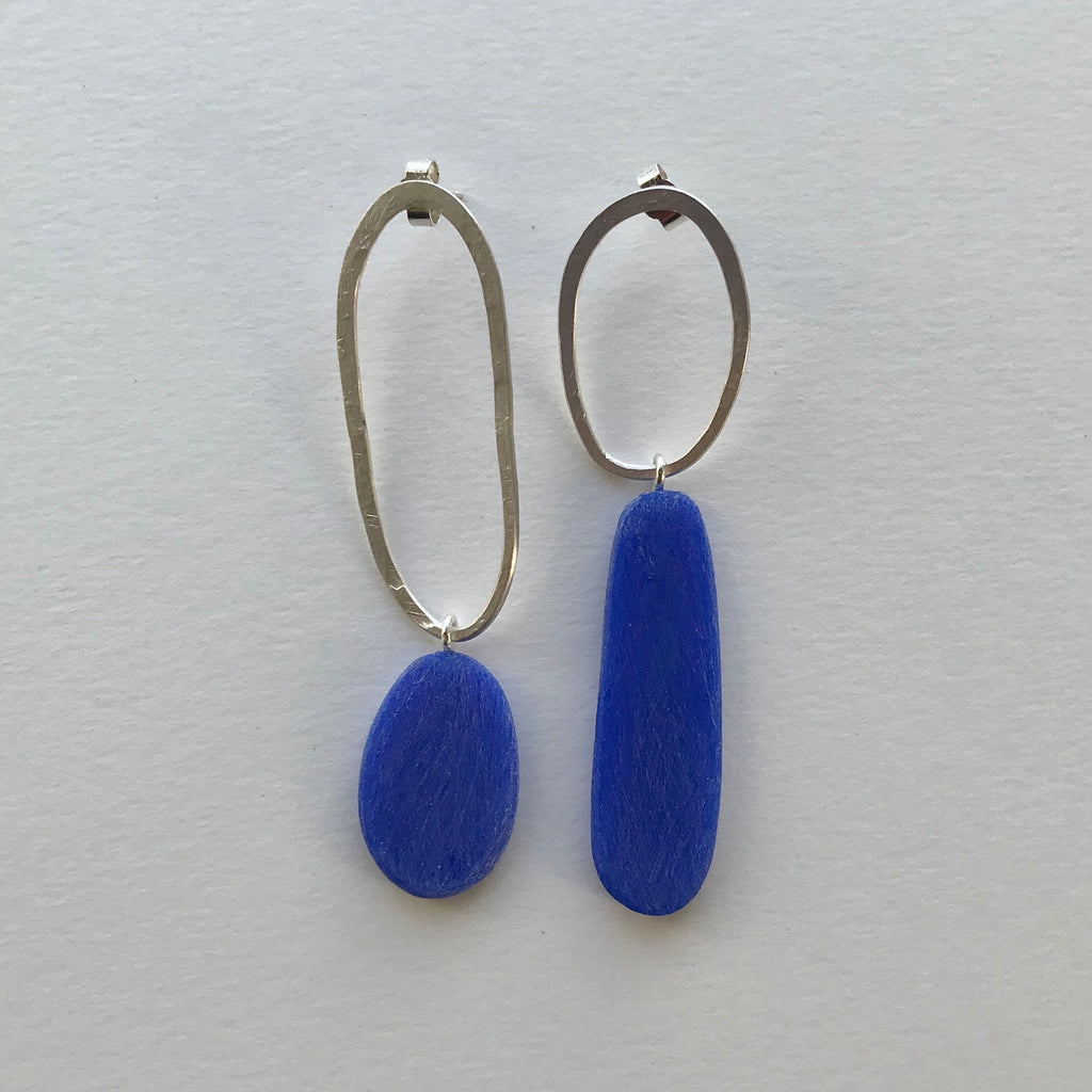 Big and Odd Earrings (vivid blue)