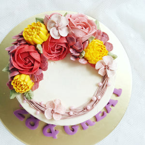 Fairyland Crescent Floral Cake (6-inch)