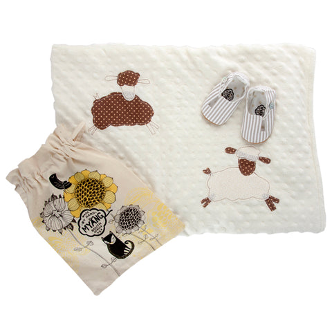 Sets / Unisex - Beige and White Stripe Keyhole Shoes and Sheep Blanket - M0132