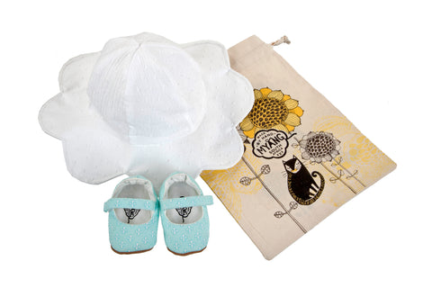 Sets / Girls - Hat White Petal and Mary Jane Fleur de Lis Shoes - M0237