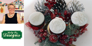 Mini Christmas Fruit Cakes by Noreen