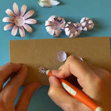 Shaping the centre of a die cut flower