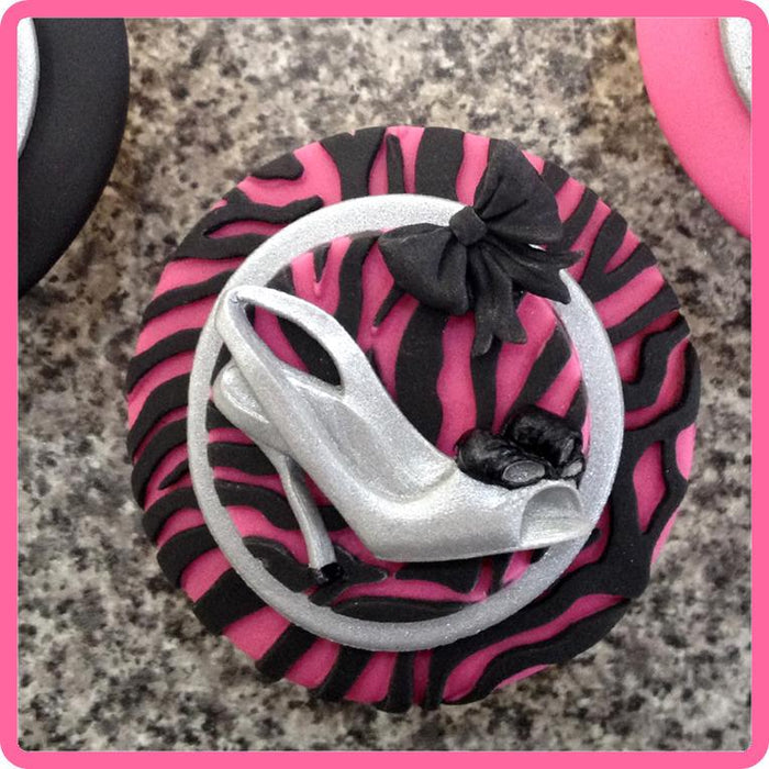 CD - An idea using the Katy Shoes Silicone Mould product