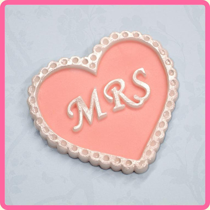 CD - An idea using the Mrs Heart Silicone Mould product
