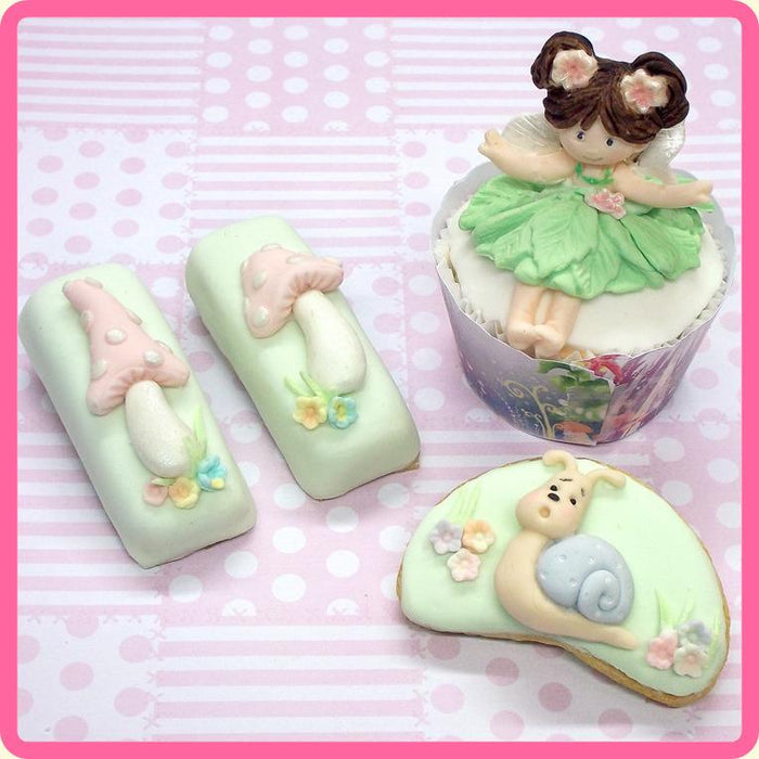 CD - An idea using the Fairy Sugar Buttons Silicone Mould product