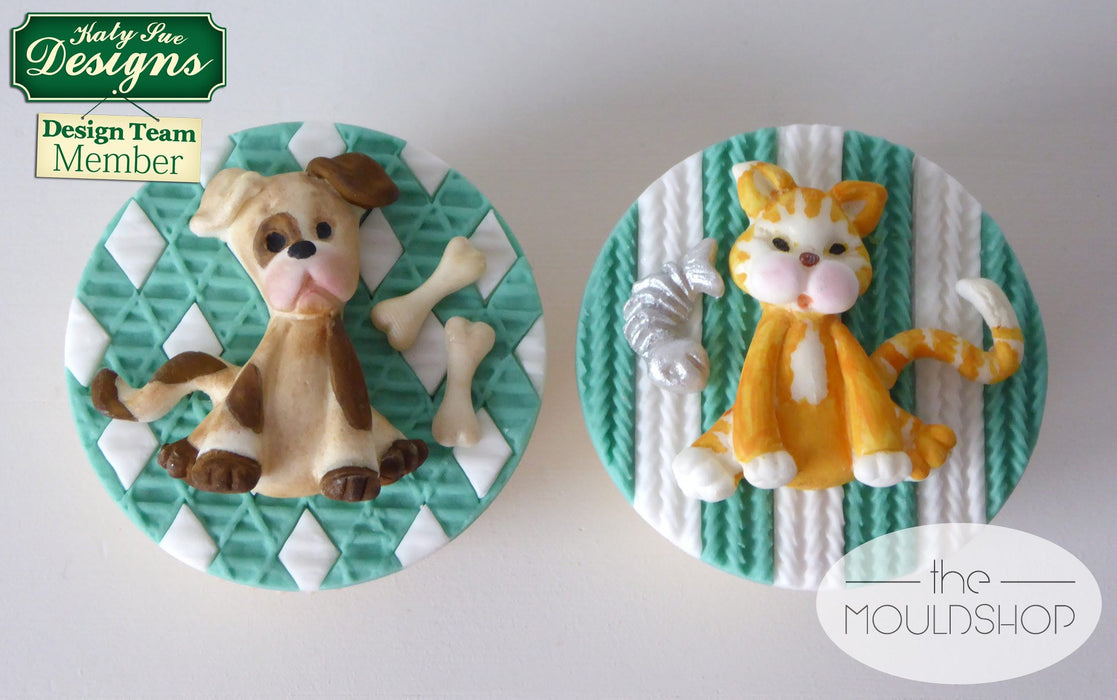 CD - An idea using the Dog Sugar Buttons Silicone Mould product