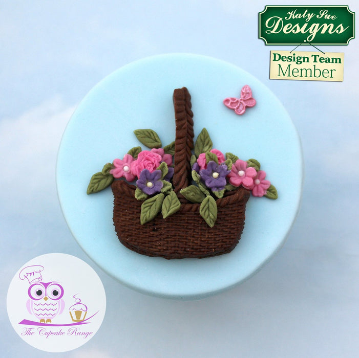CD - An idea using the Basket and Flowers Silicone Mould product