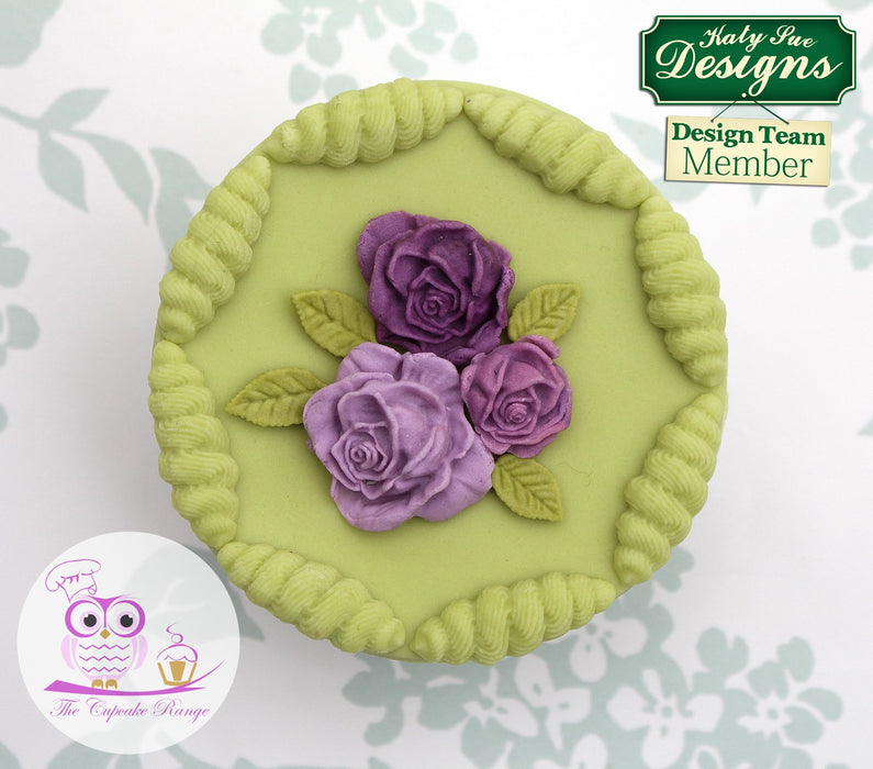 CD - An idea using the Rose Leaves Silicone Mould product