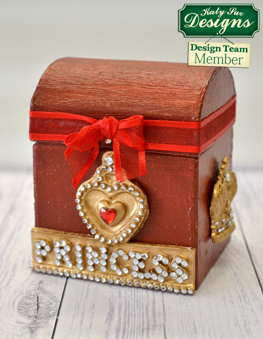 C - An idea using the Princess Tiara Banner Silicone Mould product