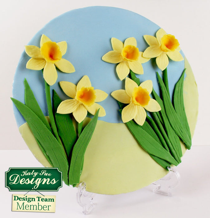 CD - An idea using the Daffodils Silicone Mould product