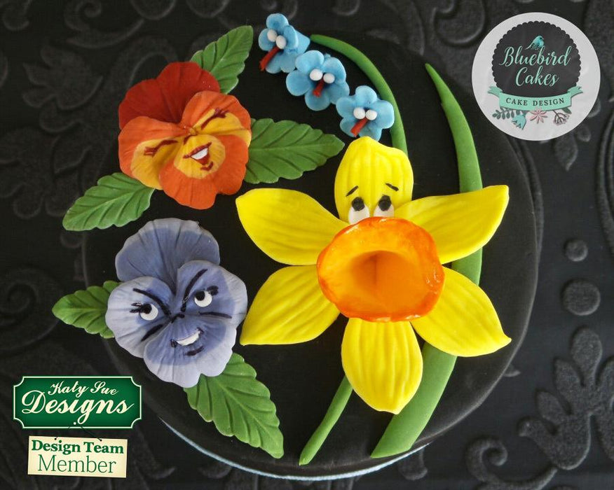 CD - An idea using the Pansies Silicone Mould product