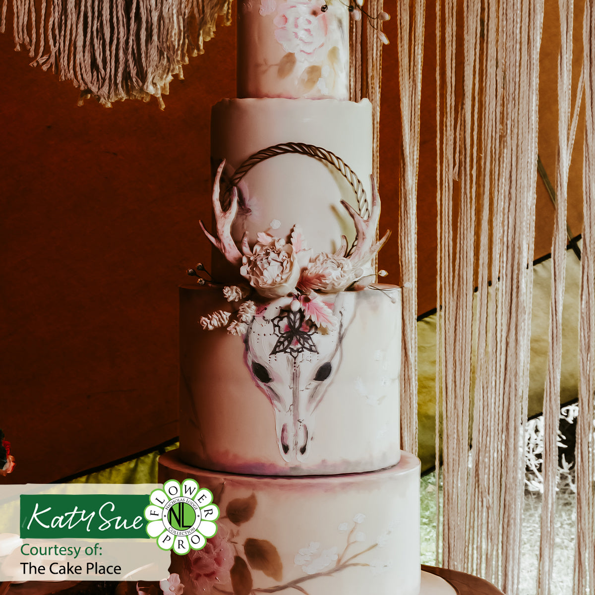 Rope Flower Hoop Wooden Cake Topper
