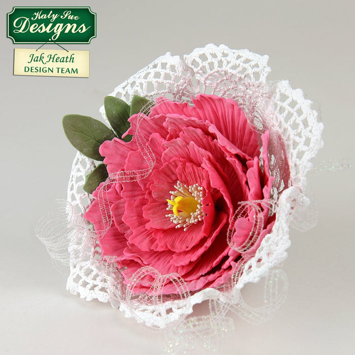 C - Craft Idea using the Flower Pro Peony Leaves Mould