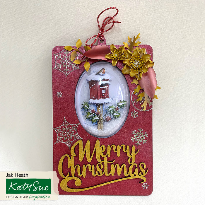 MDF Oval Aperture Plaques and Christmas Words (Set of 12)