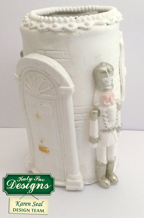 C - Nutcracker Mould