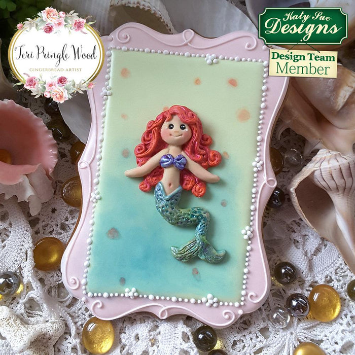 CD - An idea using the Little Mermaid Sugar Buttons Mould
