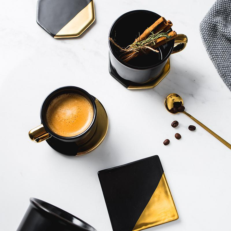 Luxe™ - Black and Gold Coaster Set