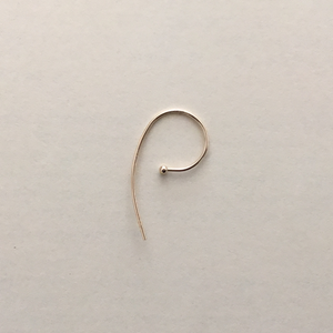 LUCA: Curved 14K Gold Earring