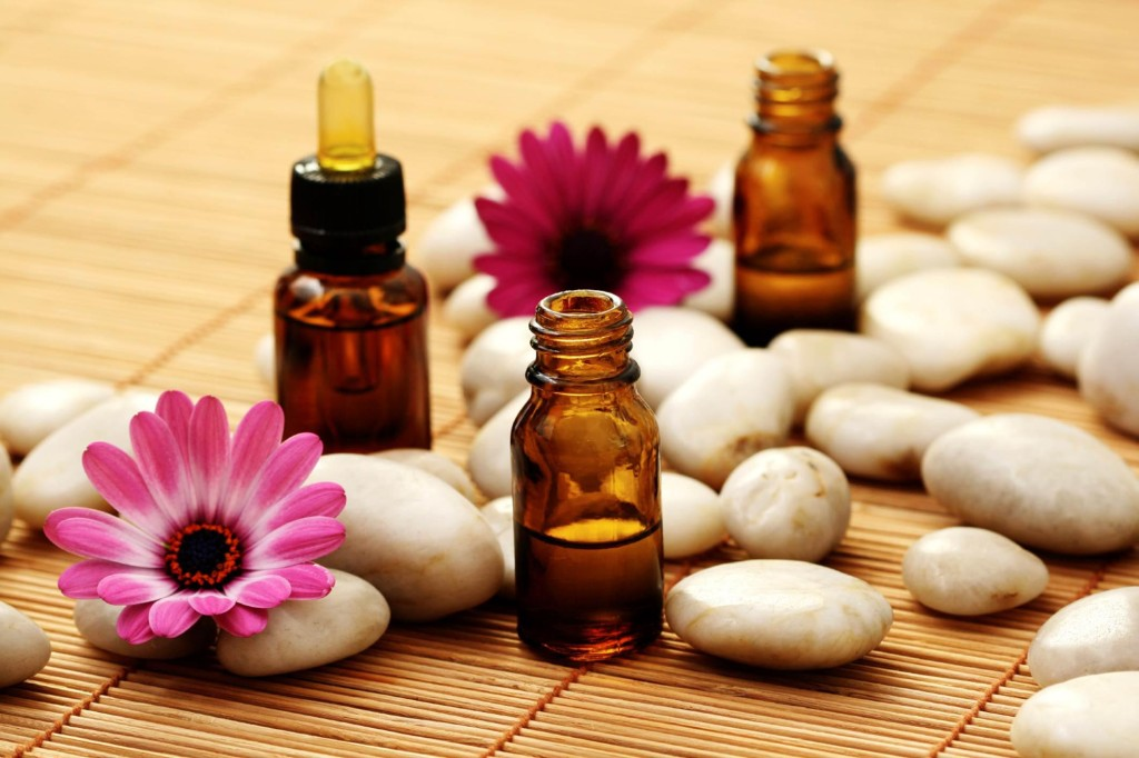 20 Popular Aromatherapy Oils (And When to Use Them)