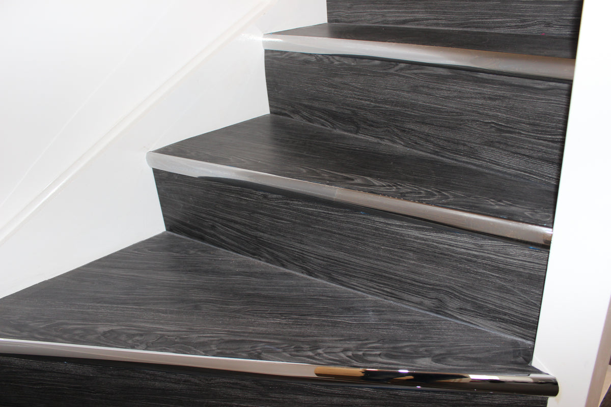 Fidelity-click Smoked Oak stair cladding